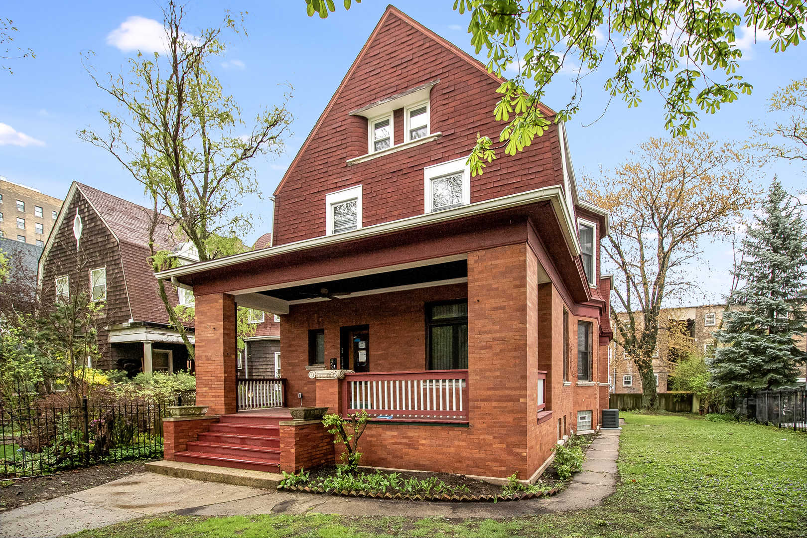 4525 Beacon ,Chicago, Illinois 60640