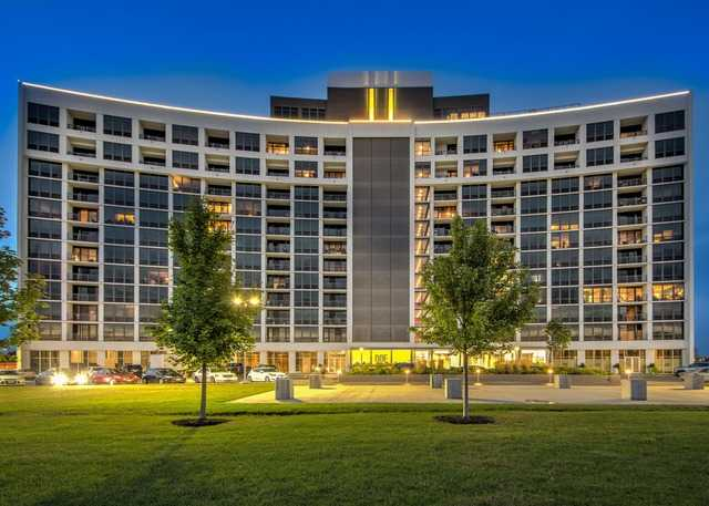 3400 Stonegate Unit Unit 1008 ,Arlington Heights, Illinois 60005